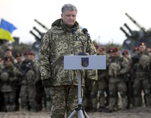 Poroschenko braucht das Kriegsrecht – Große ukrainische Offensive gegen Donezk erwartet
