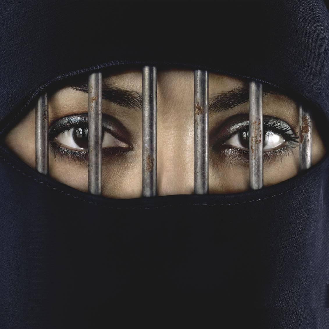 """Artikel in der NZZ: """"Frauenfeinlicher Islam: Wir Frauen müssen wieder aufstehen"""""""