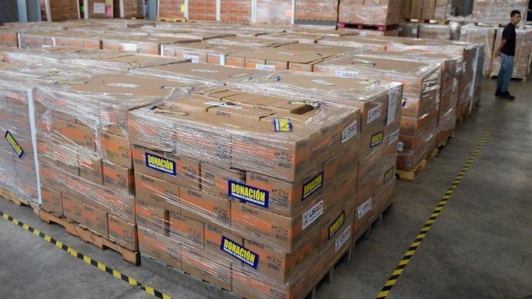 Märchenstunde in den westlichen Medien: Lässt Venezuela humanitäre Hilfe ins Land, oder nicht?