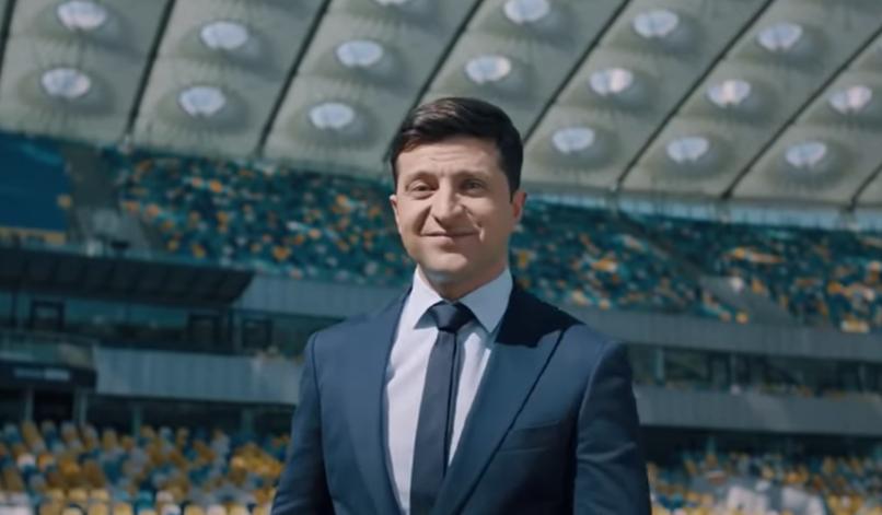 Absurder Wahlkampf in der Ukraine: Neue Skandale und eine TV-Debatte im größten Stadion des Landes