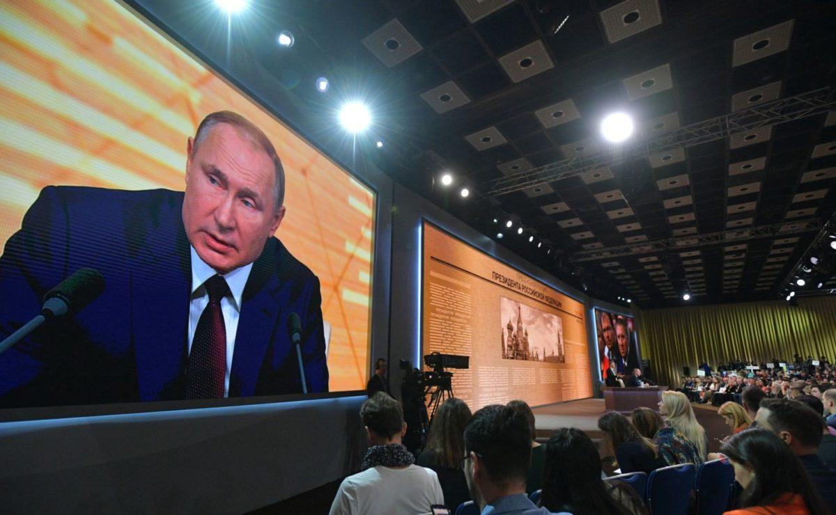 """Putins Pressekonferenz: """"Aufmüpfiger"""" Journalist fordert Antworten zu problematischen Themen"""