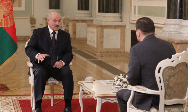 """Weißrusslands Präsident Lukaschenko warnt vor """"Neuverteilung der Welt"""" nach dem Coronavirus"""
