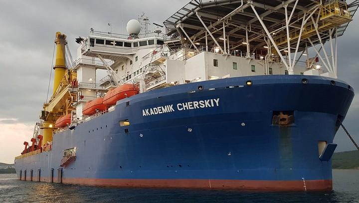 Nordstream 2: Zwei russische Spezialschiffe vor Mukran eingetroffen – Wann wird der Bau wieder aufgenommen?