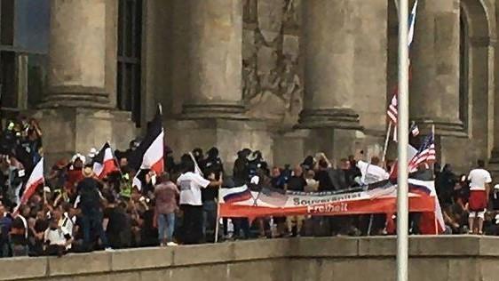 """Corona-Demo und das Neueste vom """"Sturm auf den Reichstag"""" – Wie die Medien ihre Leser desinformieren"""