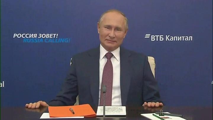 Corona-Maßnahmen in Russland: Kein Lockdown, dafür bezahlt der Staat Hypothekenraten von Familien