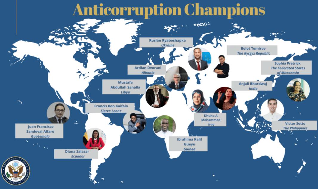 Humor ist wenn man trotzdem lacht: USA verleihen Rjaboschapka Orden für den Kampf gegen Korruption