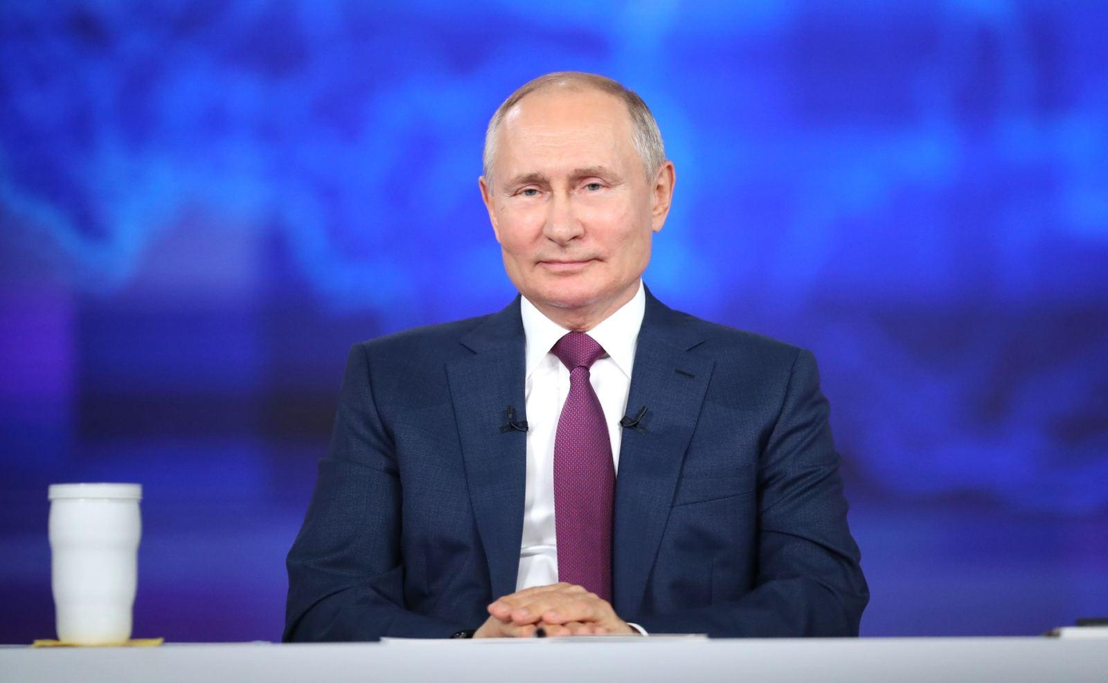 Putin stellt sich vier Stunden den Fragen der Russen